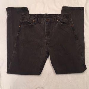 Men's dark grey Wrangler jeans 👖